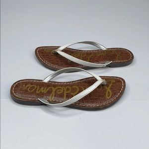 Sam Edelman Gracie white flip flop sandals - 6